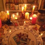 Tarot abre portales al usar velas